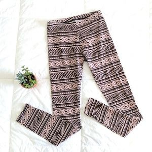 Charlotte Russe Native Aztec Legging